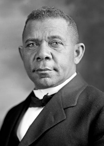Photograph of Booker T. Washington in 1905.