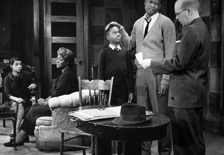 Photo of a scene from the play A Raisin in the Sun (1959)