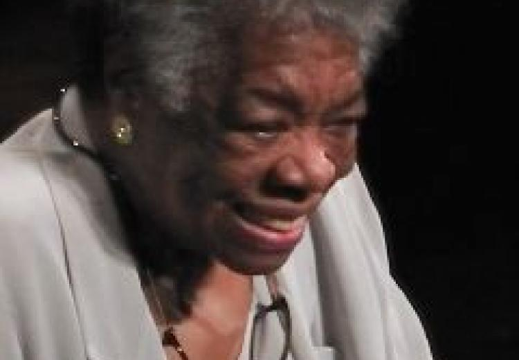 Photograph of Maya Angelou delivering a speech in 2008.