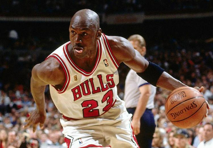 Michael Jordan of the Chicago Bulls goes to the basket.