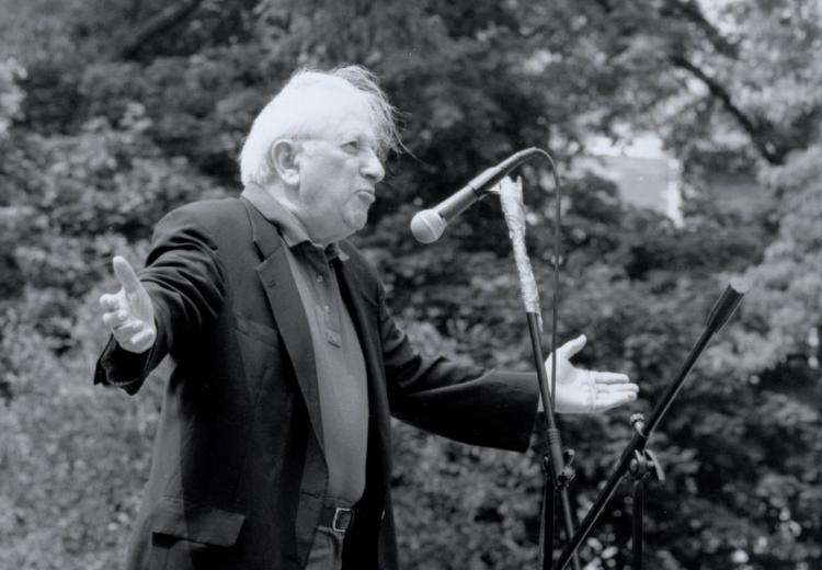 Studs Terkel, an avid chronicler of 20th-century life in Chicago, participated in the earliest Bughouse Square Debates in the 1980s and 1990s.
