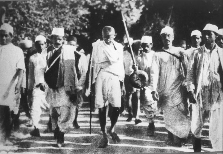 Mohandas Gandhi leading the Salt March, March 1930.