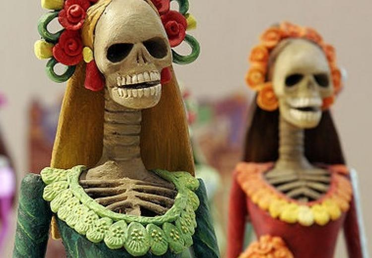 Skeleton figures for Mexico's Day of the Dead