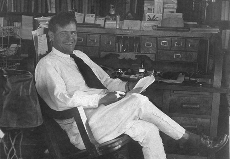 Jack London in his office, 1916.