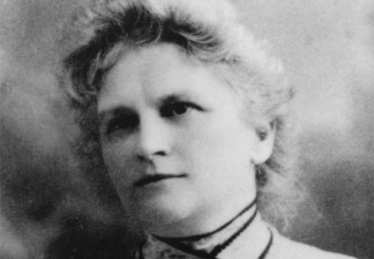 Photoportrait of writer Kate Chopin